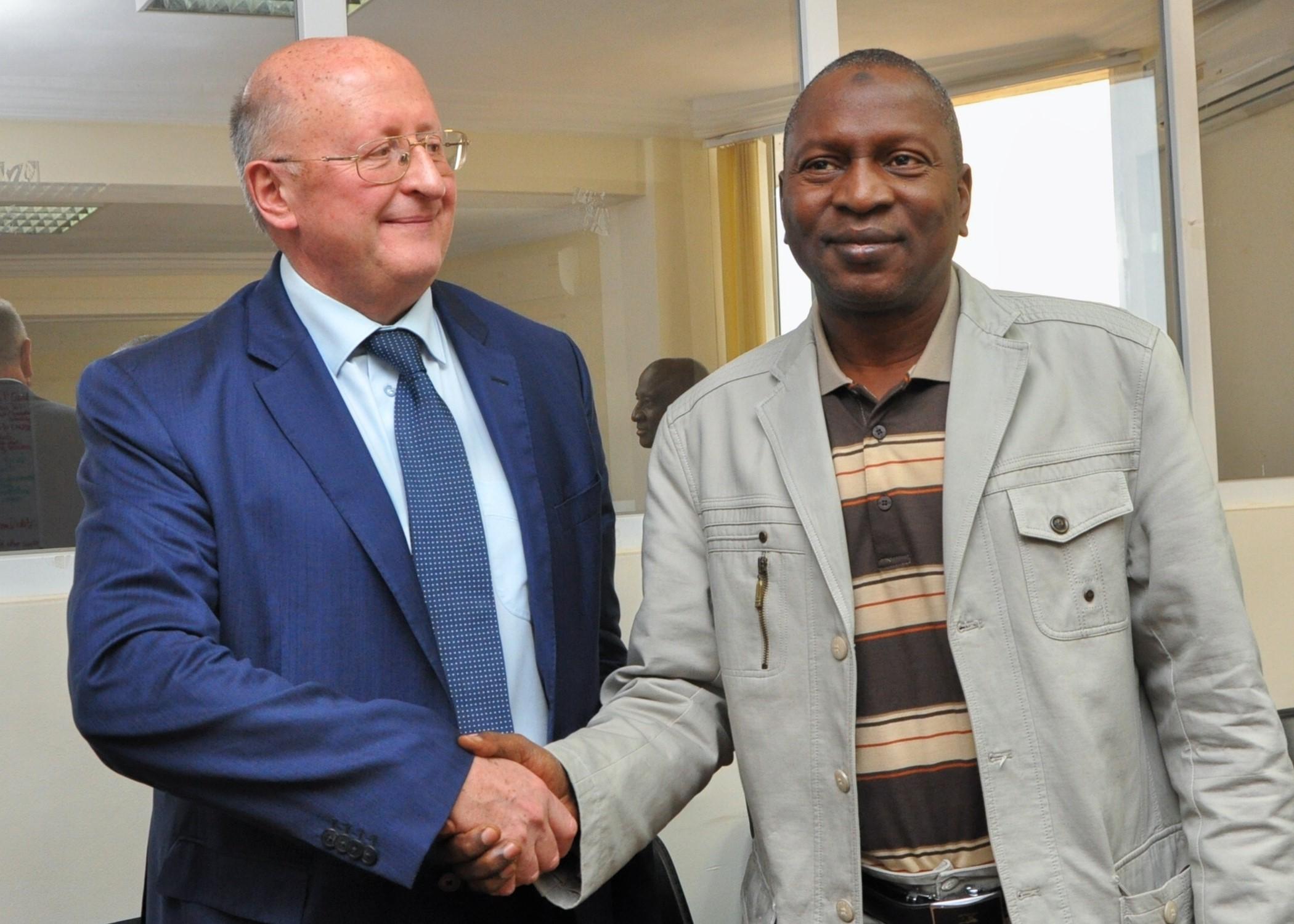 Делегация российского Минздрава посетила с рабочим визитом Гвинейскую Республику