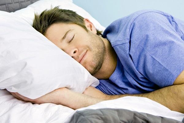Только 17% людей высыпаются ночью