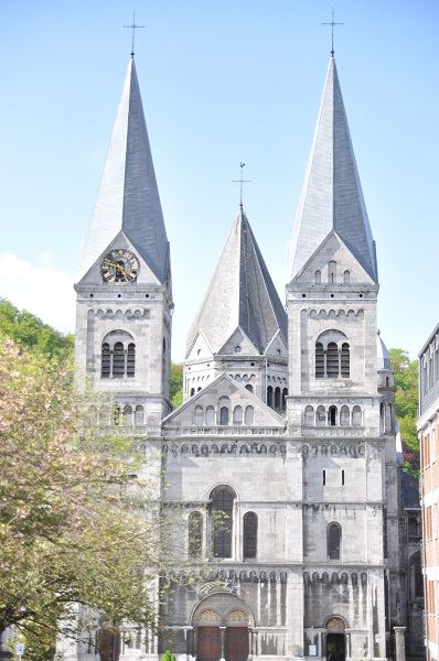Храм Святого Ремаклия (Eglise Saint Remacke)