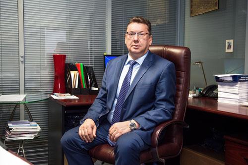 Ниармедик поздравляет с юбилеем Александра Топоркова